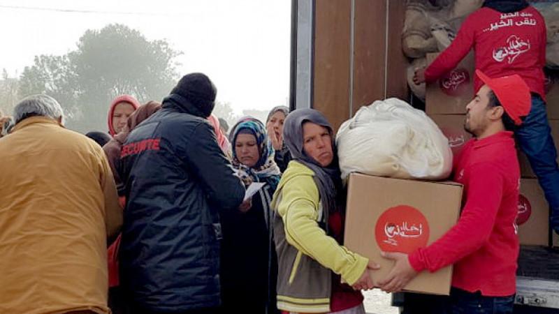 قافلة الخير لجمعية خليل تونس تحط الرّحال بمنطقتي البراهمي وحي التطور من ولاية جندوبة