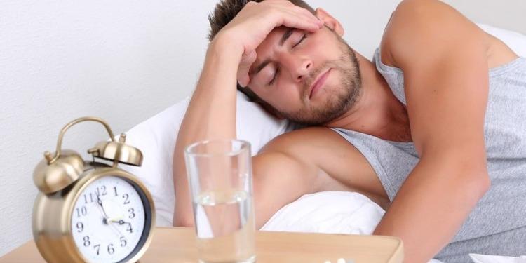 دراسة: إضطرابات النوم تسبب الإكتئاب