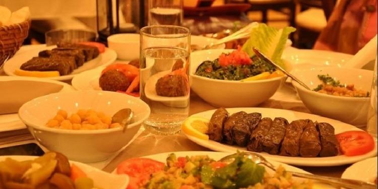 أطعمة يجب تجنبها عند الإفطار والسحور!
