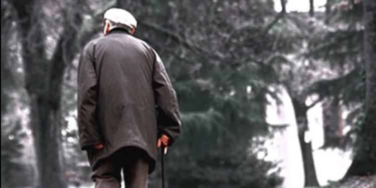 الصين: السجن مع الأشغال الشاقة لرجل هجر والده العجوز