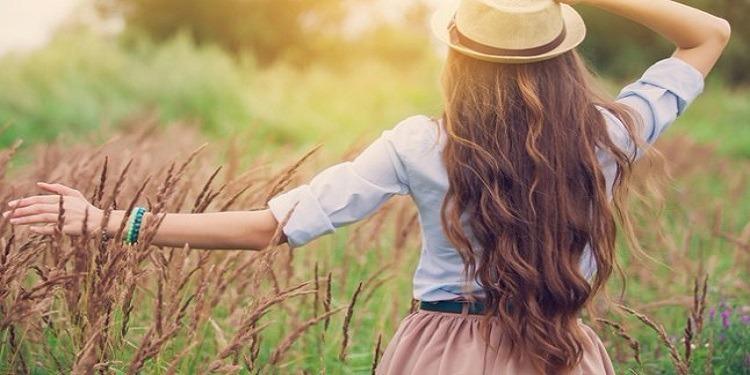 4 مراحل لإطالة الشعر