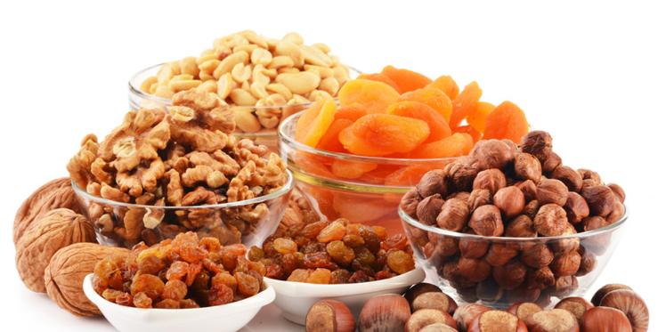 فوائد الفواكه الجافة على الصحة