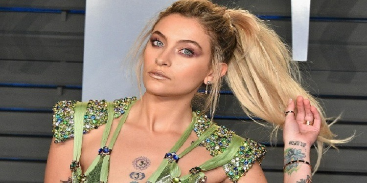 Paris Jackson n'a plus aucun tatouage (Photo)