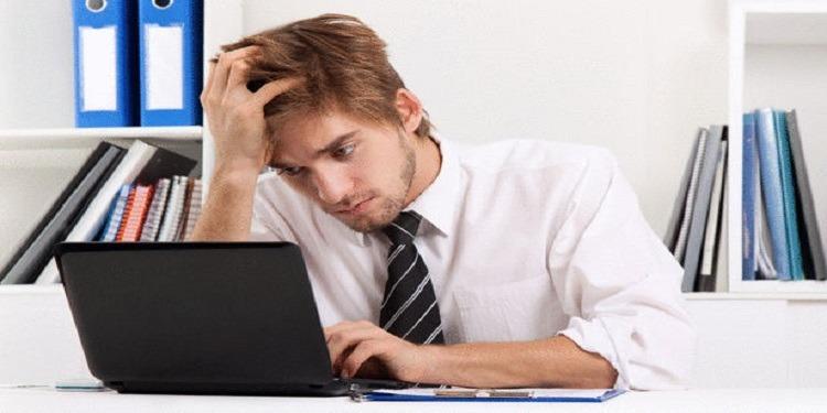 6 أشياء إياك أن تفعلها على حاسوبك أثناء العمل!