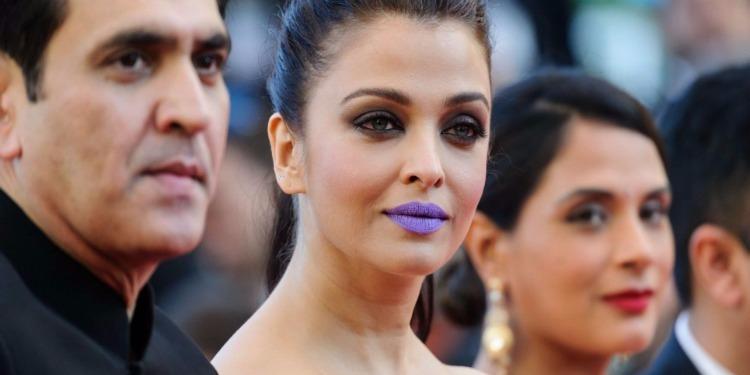 Aishwarya Rai se démarque à Cannes avec son rouge à lèvres