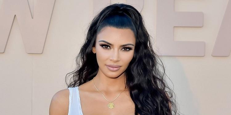 Kim Kardashian bat le record et gagne 5 millions de dollars en 5 minutes