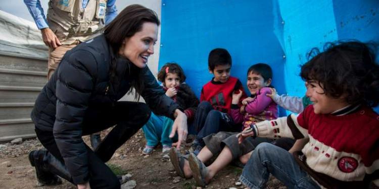 Angelina Jolie et Shiloh visitent un camp de réfugiés : Un moment très émouvant