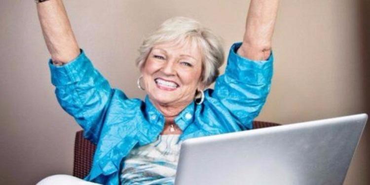 دراسة: الإستمتاع بالحياة يبدأ بعد هذا السنّ !