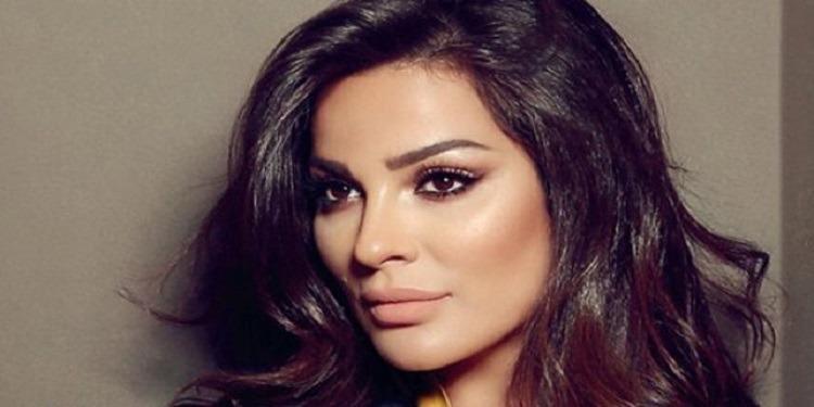 نادين نجيم تعتذر عن تسلم جائزتها وتكشف السبب (فيديو)