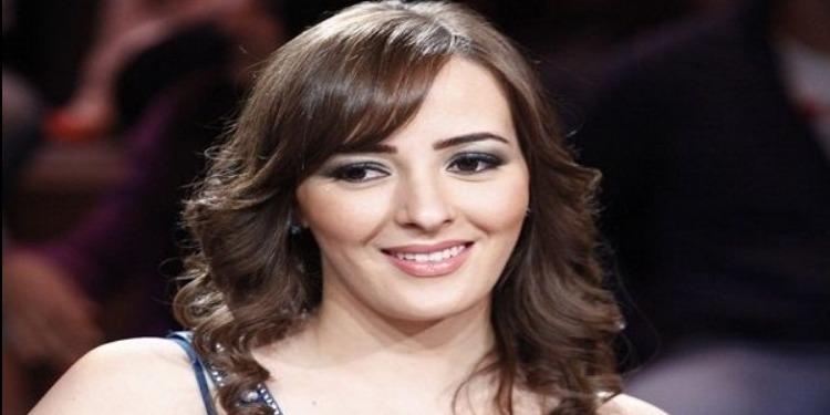 التونسية سناء يوسف تمثل أمام النيابة المصرية
