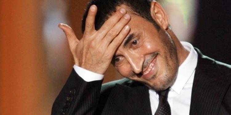 القيصر برفقة حسناء جديدة..هل فسخ خطوبته من التونسية سارة؟ (صور)