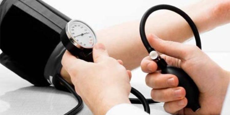 أطعمة تقيك من إرتفاع ضغط الدم