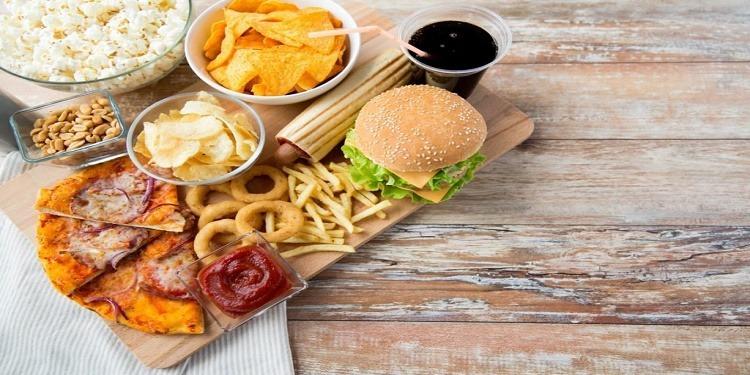 Santé : Ces aliments qui augmentent les risques d'avoir un cancer