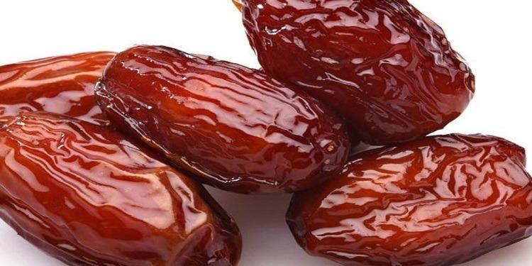 فوائد تناول التمر في رمضان