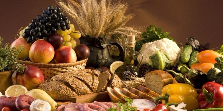 الأغذية الغنية بالألياف تحمي القولون من الأمراض