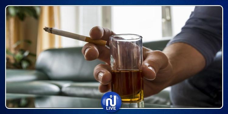 التوقف عن شرب الكحول يساعد في الإقلاع عن التدخين