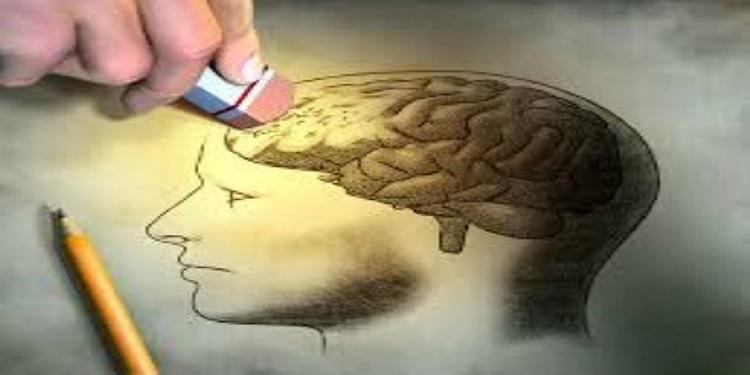 Les gens qui oublient seraient les plus intelligents, selon une étude