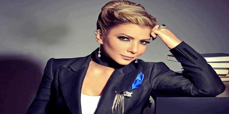 Menacée, Assala  Nasri annonce un concert en Egypte