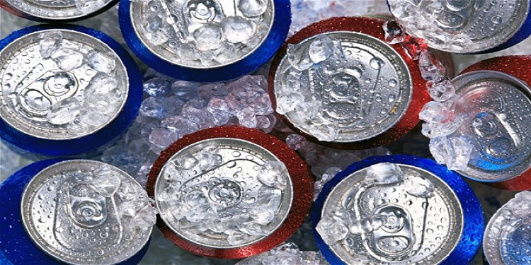 بريطانيا تعتزم منع مشروبات الطاقة عن الأقل من 18 سنة