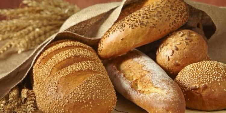 علاقة صادمة بين الخبز وسرطان الثدي!
