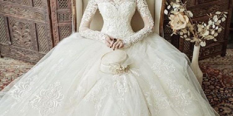 إحتفلت بذكرى زفافها بطريقة غريبة (صور)