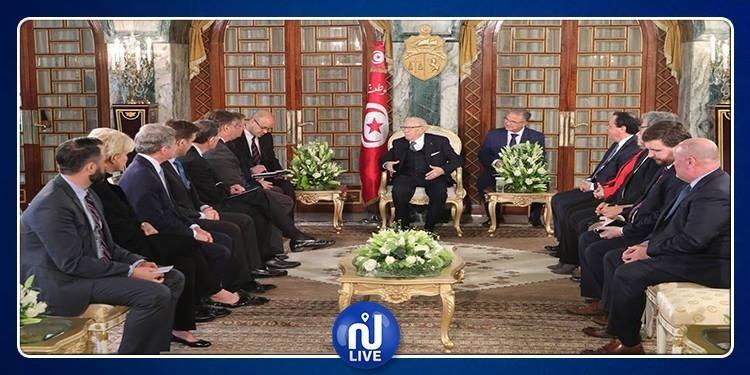 الأوضاع في ليبيا محور لقاء رئيس الجمهورية بوفد من الكونغرس