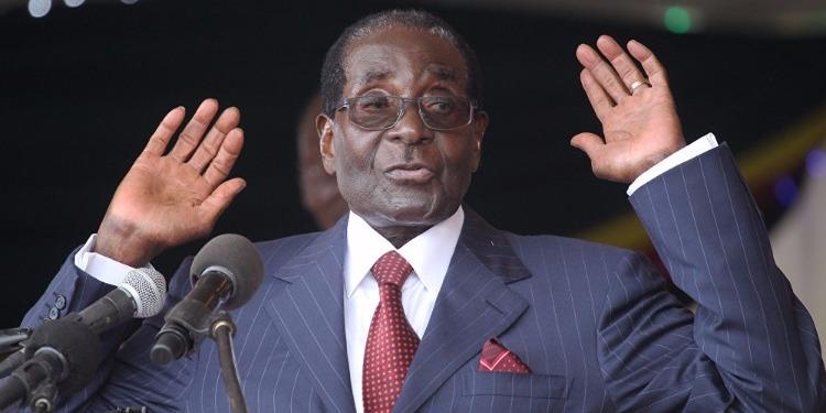 موغابي ينهي خطابه أمام شعبه دون الإعلان عن استقالته