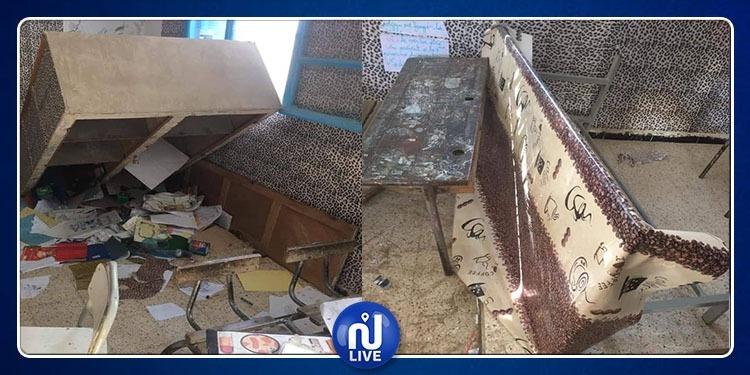 سيدي بوزيد: تلميذ يحاول حرق إحدى قاعات الدرس والعبث بمحتوياتها(صور)