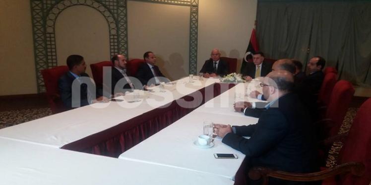 إجتماع بين المجلس الرئاسي لحكومة الوفاق الوطني و رئاسة مجلس النواب الليبي لتدارس الانتقال إلى طرابلس