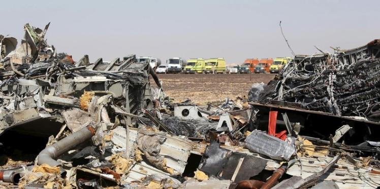 روسيا: بوتين يعلن أن التحقيق في حادث سقوط الطائرة الروسية فوق سيناء قارب على الانتهاء