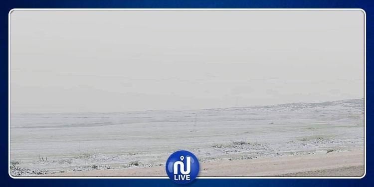 La neige commence à couvrir les hauteurs du  Kef...