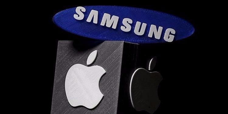 سامسونغ تعلن عن هاتفها الجديد قبل ساعات من الكشف عن الأيفون 8