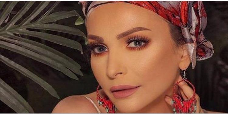 أمل حجازي تستعد لإطلاق ألبوم غنائي جديد بعد ارتدائها الحجاب (فيديو)