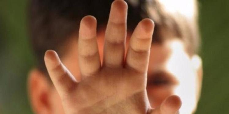 المنستير : معلم يعتدي بالعنف الشديد على تلميذ
