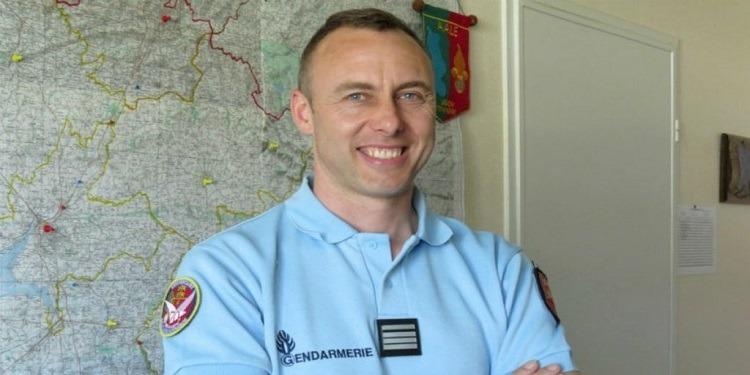 فرنسا: تكريم وطني للضابط الفرنسي أرنو بلترام (فيديو)