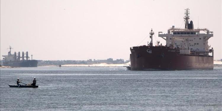 ليبيا: القوات البحرية تعلن ضبط ناقلة أجنبية تحاول تهريب الوقود الليبي