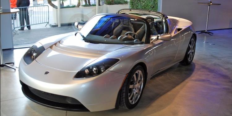 ألمانيا : 4500 دولار لكل مواطن يشتري سيارة كهربائية