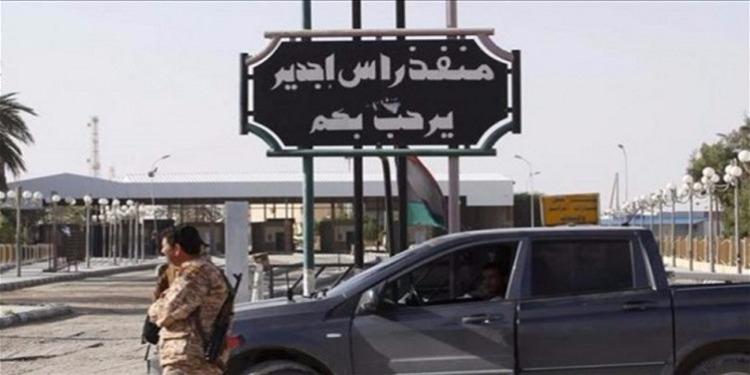 الحدود التونسية - الليبية : الأمن الليبي يعنف مواطنا تونسيا ويخفيه عن الأنظار منذ الأمس