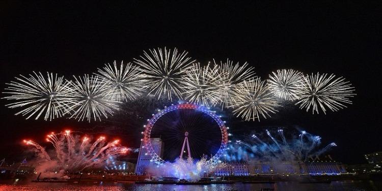 10دول تحتفل اليوم برأس السنة (صور)