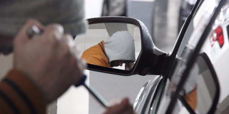 المنستير: الإطاحة بعصابة مختصة في سرقة السيارات الفاخرة والشاحنات