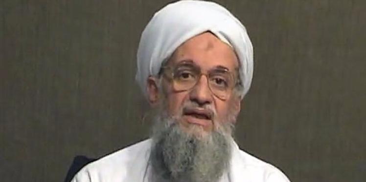"""""""الظواهري يدعو السعوديين إلى إسقاط """"آل سعود"""