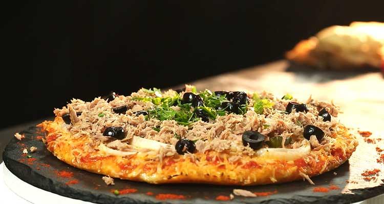 Pizza maison au thon