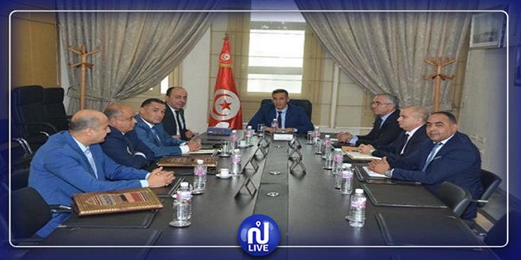 Le nouveau ministre de l'Intérieur rencontre les dirigeants sécuritaires