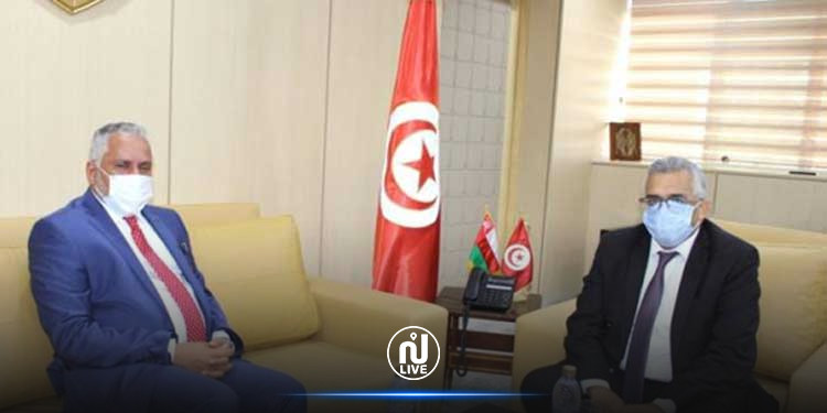 Le ministre de la Justice s'entretient avec l'ambassadeur du Sultanat d'Oman