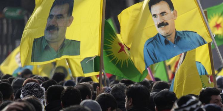 فرنسا : مظاهرة كردية حاشدة للمطالبة بالإفراج عن أوجلان