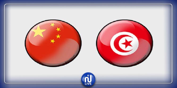 الصين تمنح تونس 840 ألف بدلة حماية طبية
