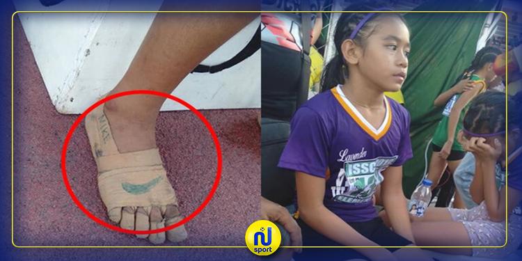 وهي حافية القدمين: طفلة فلبينية تتوج بـ3 ميداليات ذهبية