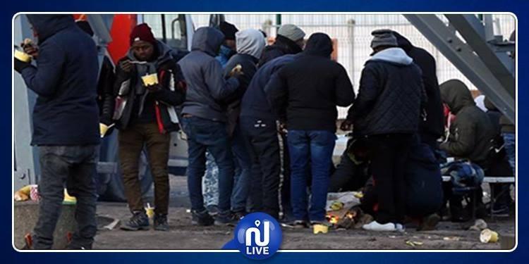 الشرطة الفرنسية تعتقل 44 مهاجرا في كاليه