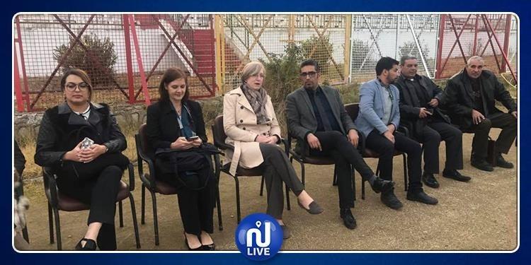 سفيرة بريطانيا بتونس تزور باجة وتعلن عن تمويلات لمشاريع نسوية