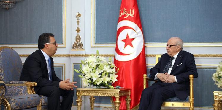 """رئيس الدولة مهتمّ بمشروع """"تونس الذكية"""""""